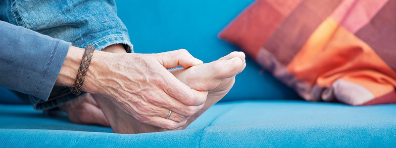 causes of neuropathy in hands and feet