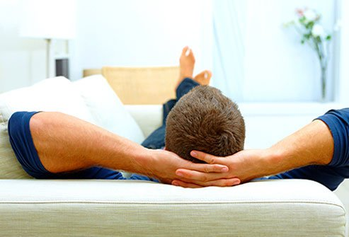 Knee Injury Treatment, Symptoms, Diagnosis & Recovery Time