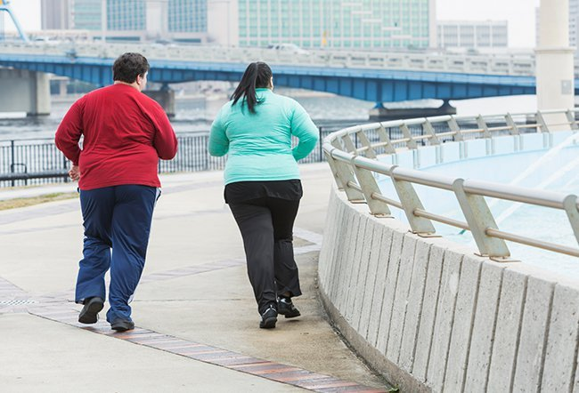 Losing weight and sustaining weight loss is challenging. Couples can lose weight together by spending time outdoors, making love, making meal plans, working out together and dancing together.
