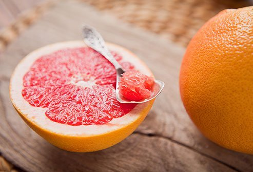 Most versions of the grapefruit diet cut calories, some to as low as 800 calories per day. This, alone, is the reason for temporary weight loss on the diet. Don't start such a low-calorie diet without consulting a doctor.