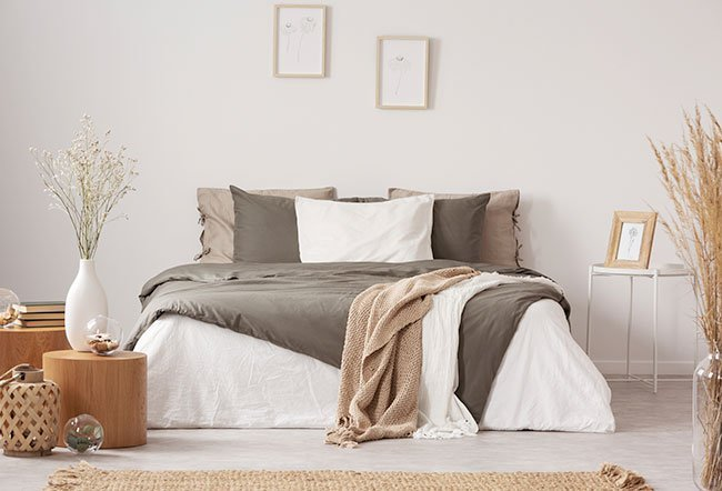 There is no convincing evidence that your bed should face a certain way. However, feng shui recommends that you should point your headboard toward the south.