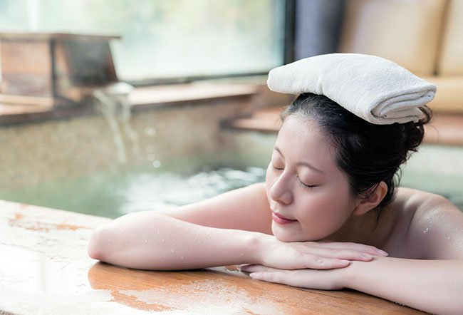 Many pregnant women like taking hot baths in a bathtub to relieve stress and pain.