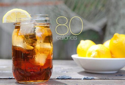 Photo of arnold palmer cocktail.