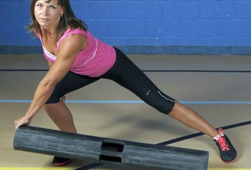 Photo of side lunge.