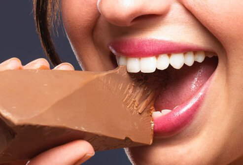 Despite widespread belief, eating chocolate doesn't contribute to acne breakouts.