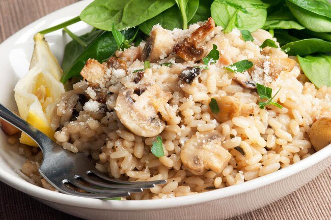 A diet that includes whole grains, like those in brown rice, can actually help you keep a healthier body weight.