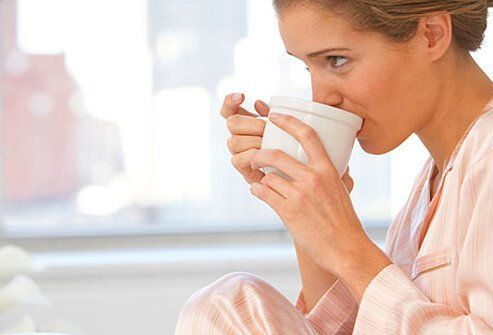 caffeine can energize and help you focus and concentrate ??? Brain_foods_s2_women_in_pajamas_drinking_coffee