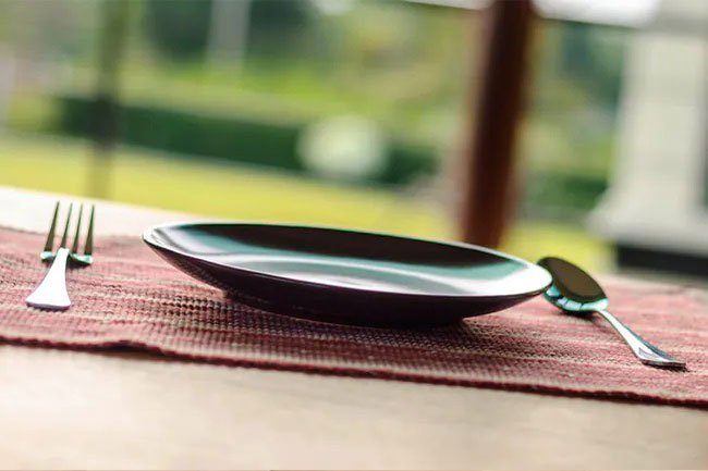 Skipping breakfast increases the risk of type 2 diabetes, high cholesterol, heart disease and other conditions.