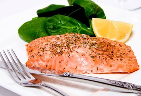 Salmon with spinach.
