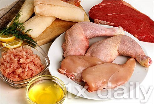 Limit amounts of chicken, pork, or lean beef to one serving a day as these types of meat have fewer purines.