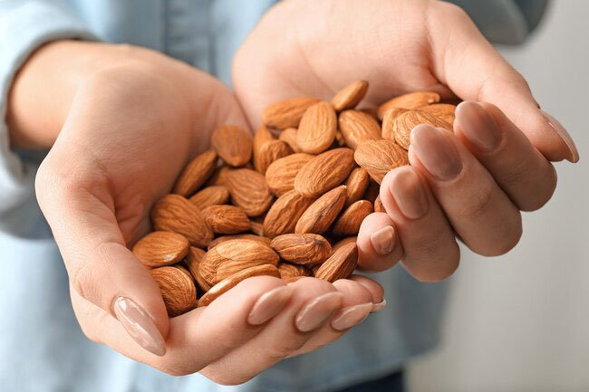 One ounce of almonds packs around 165 calories, 6 grams protein, 6 grams of carbohydrates, and 3.5 grams fiber.
