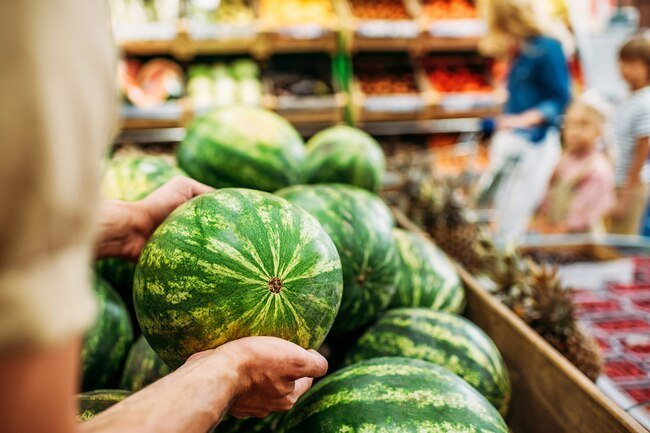 Pick a melon that's free of dents, nicks, and bruises.