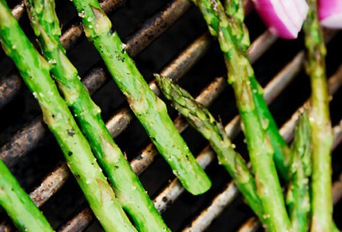 Asparagus is a healthy veggie that contains beta-carotene and lutein.