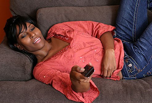 How much pain your neck and back are in may depend on how long you spend watching TV.